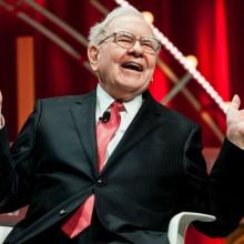 warren buffett 2015 220x220 - Here's why Warren Buffett is giving his billions away