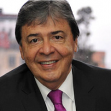 Trujillo 220x220 - Carlos Holmes Trujillo