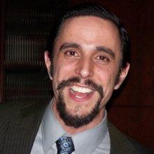 Michael Del Castillo 220x220 - Michael del Castillo