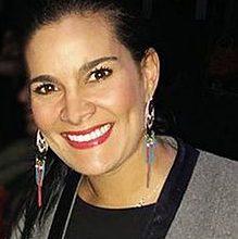 Vanessa de la Torre e1557347062653 219x220 - Vanessa de la Torre