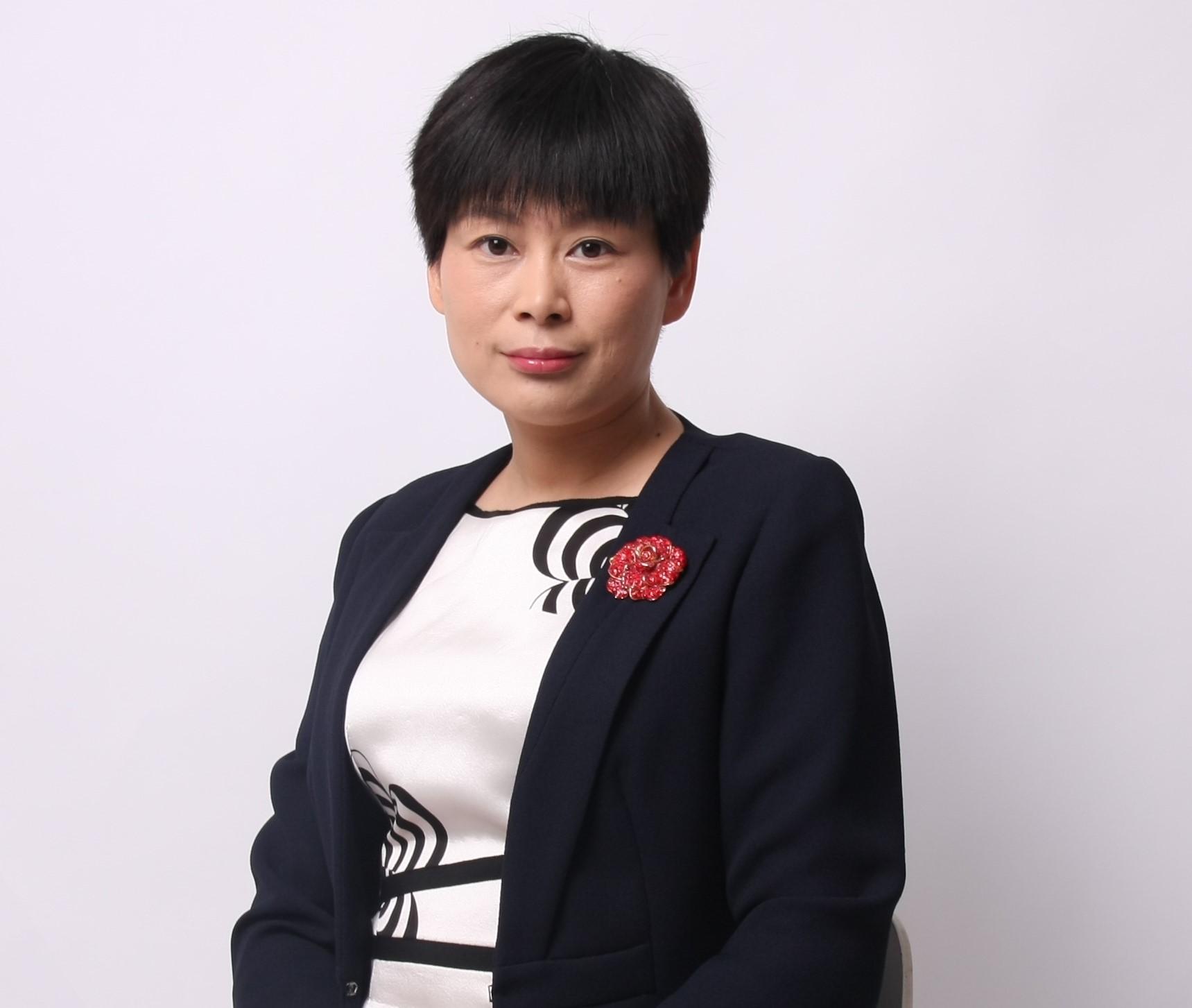 Gloria Xu 1 - Gloria Xu